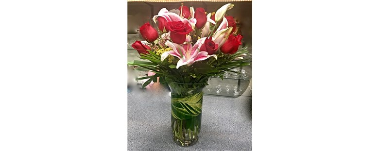 Red_Roses_With_Lilies_$84.99_SKU-RL-8971